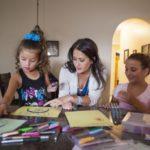Kreatywne wakacje: twórcze zabawy, które pomogą zapobiec wakacyjnej nudzie