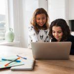Wakacyjna szkoła językowa – jak uczyć dziecko języków obcych?