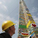 BICIE REKORDU W BUDOWANIU NAJWYŻSZEJ WIEŻY Z KLOCKÓW LEGO!