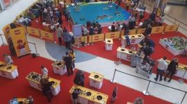 Pół miliona klocków LEGO, czyli zabawa na całego w Porcie Łódź! LIFESTYLE, Dziecko - Tegoroczne ferie zimowe Port Łódź uważa za rozpoczęte! Ponad pół miliona najbardziej znanych klocków świata, olbrzymia mapa Polski i dwa tygodnie wypełnione niesamowitą zabawą, konkursami i kreatywnym tworzeniem … mapy naszego kraju. Oczywiście z klocków LEGO!
