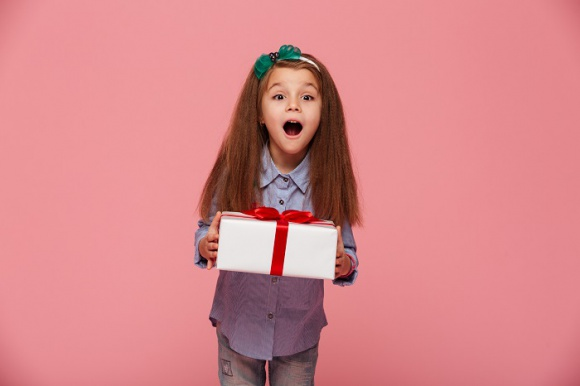 Prezent na Dzień Dziecka LIFESTYLE, Dziecko - Kolejna zabawka czy gra komputerowa na Dzień Dziecka? Tym razem postaw na coś innego