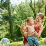 Potrzeby żywieniowe rocznego dziecka – czy umiesz na nie odpowiadać?