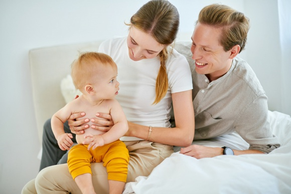 Poznaj ważne fakty na temat układu pokarmowego Twojego dziecka LIFESTYLE, Dziecko - Jeśli układ pokarmowy harmonijnie funkcjonuje, maluch prawidłowo się rozwija, przybiera na masie ciała i jest radosny. Bo szczęście maluszka zaczyna się od brzuszka! Dowiedz się, co na temat rozwoju układu pokarmowego dziecka powinien wiedzieć każdy rodzic.