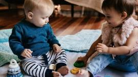 Pomóc przy ząbkowaniu i okiełznać przytłaczający świat, czyli o ważnej roli gryz LIFESTYLE, Dziecko - Gryzaki to najlepszy sposób, by ulżyć niemowlakom i małym szkrabom przy ich emocjonalnej huśtawce.