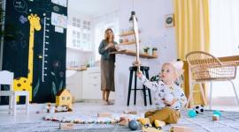 """MiniSerial edukacyjnego programu """"1000 pierwszych dni dla zdrowia"""" LIFESTYLE, Dziecko - Rusza nowy projekt Fundacji Nutricia. W ramach ogólnopolskiego, edukacyjnego programu """"1000 pierwszych dni dla zdrowia"""" powstał MiniSerial. Ma on wspierać rodziców w codziennym żywieniu ich dzieci w 1000 pierwszych dniach życia."""