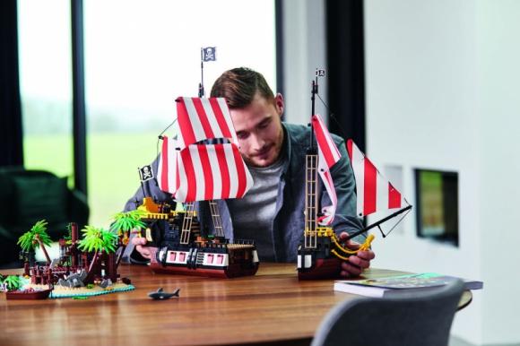 Odkryjcie epicki wrak statku z zestawem LEGO® Ideas Piraci z Zatoki Barakud LIFESTYLE, Dziecko - Grupa LEGO zaprezentowała najnowszy zestaw z serii LEGO Ideas, nawiązujący do popularnego motywu z kolekcji LEGO Pirates.