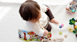 Dzisiaj Europejski Dzień Śniadania – jak można świętować go z maluszkiem? LIFESTYLE, Dziecko - Okres wczesnego dzieciństwa to niepowtarzalna okazja, aby przyzwyczajać malucha do regularnego jedzenia śniadań!